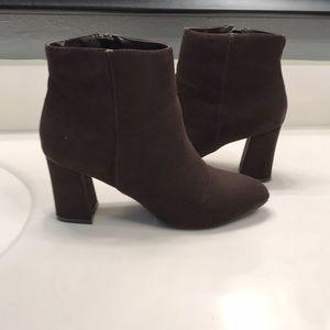 Cushion Walk shoe boots by Avon